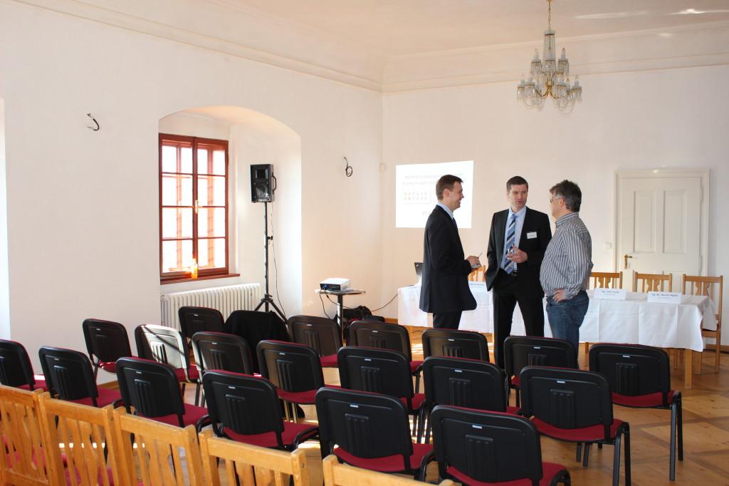 Konference 001