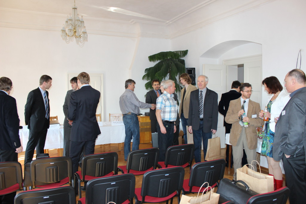 Konference 004